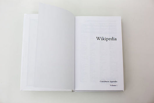 Wikipedia contributor appendix, volume 1. Photo by Victor Grigas, freely licensed under CC BY-SA 3.0.