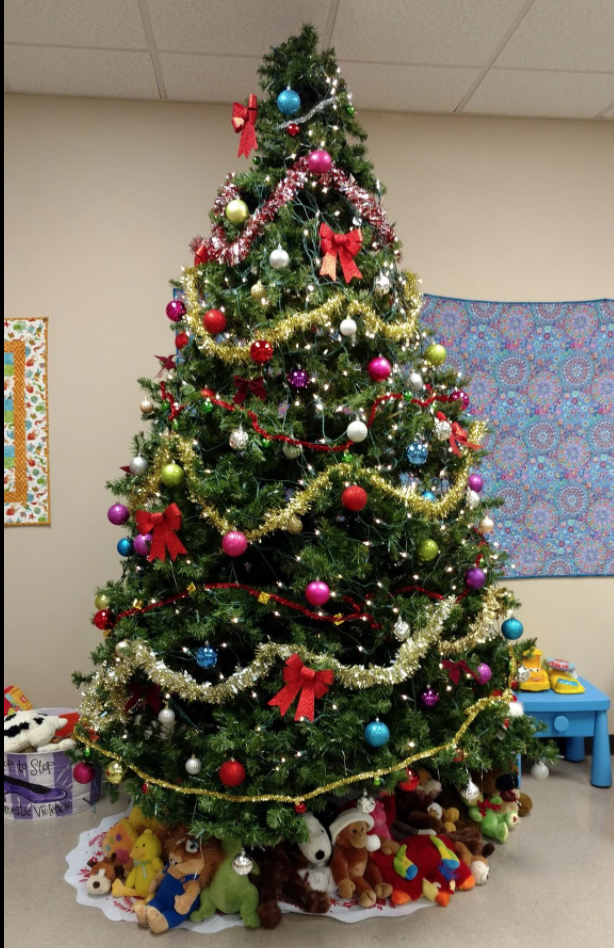 InterAct Christmas Tree